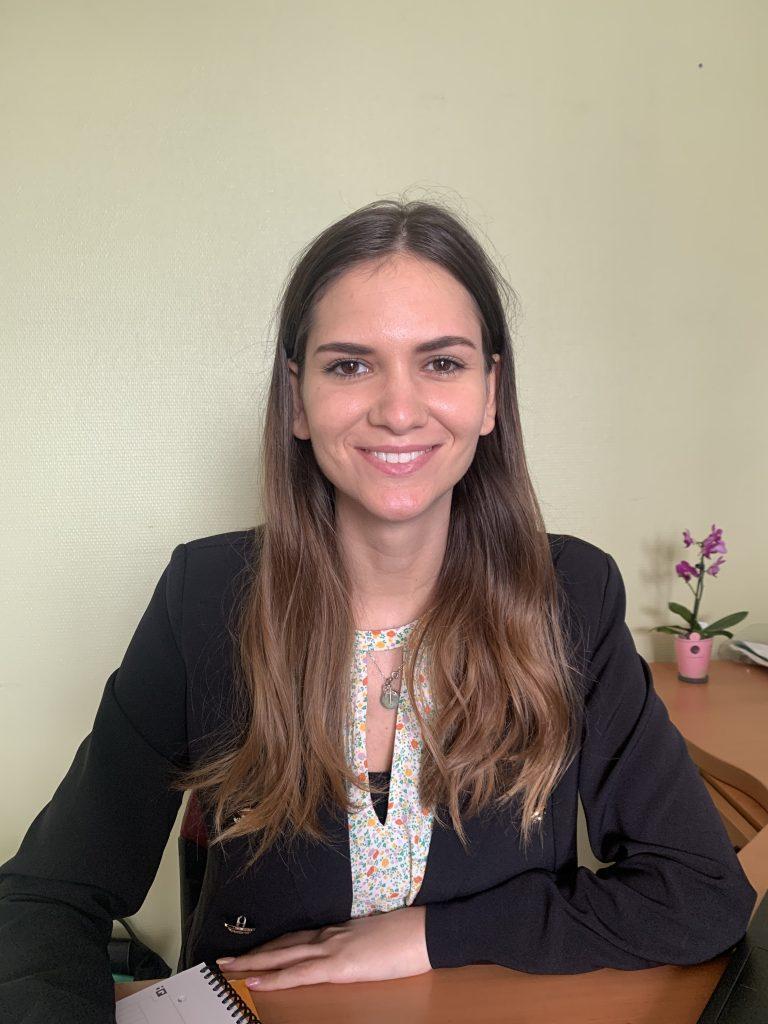 Lucie-puzin : assistante sociale